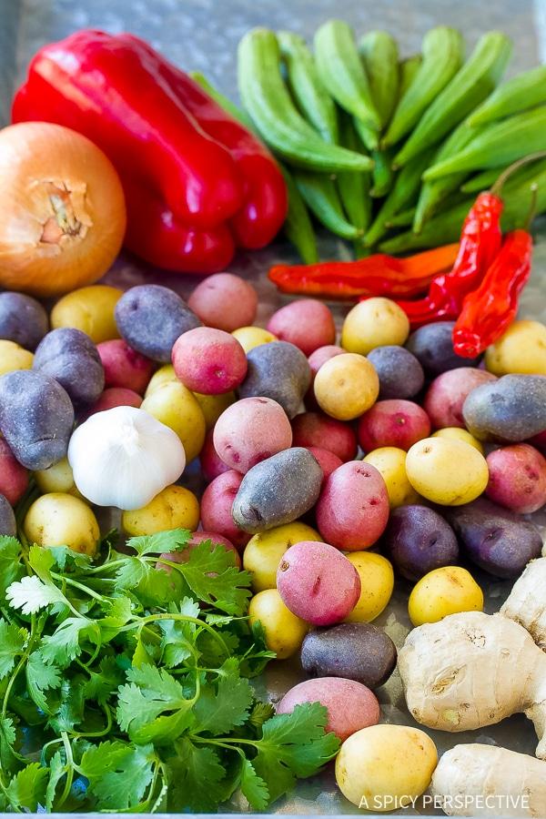 Simple Slow Cooker Potato Curry Recipe (Vegetarian!)