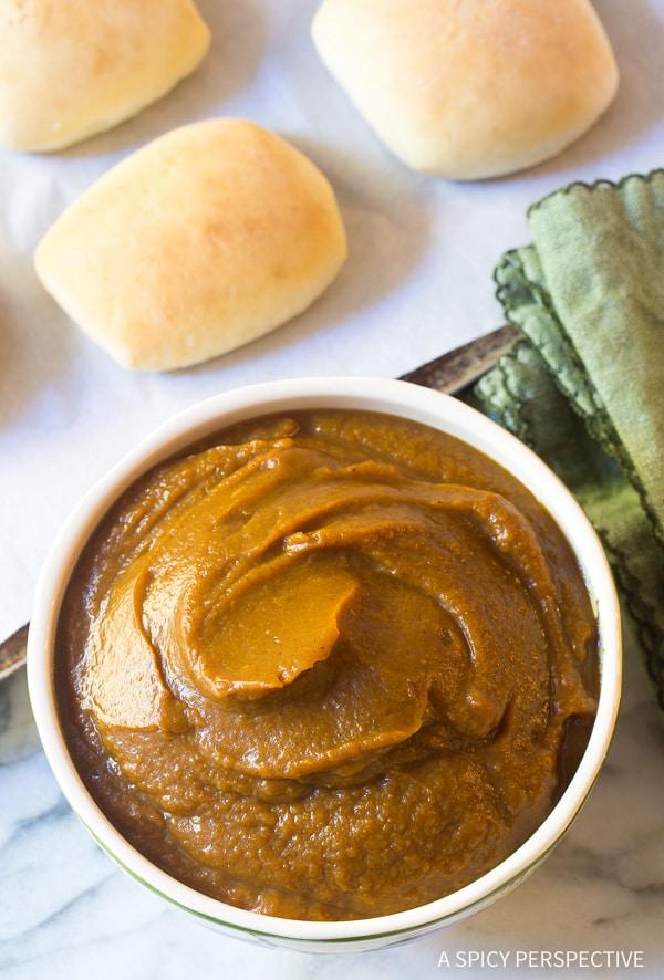 Slow Cooker Pumpkin Butter Recipe for Thanksgiving!