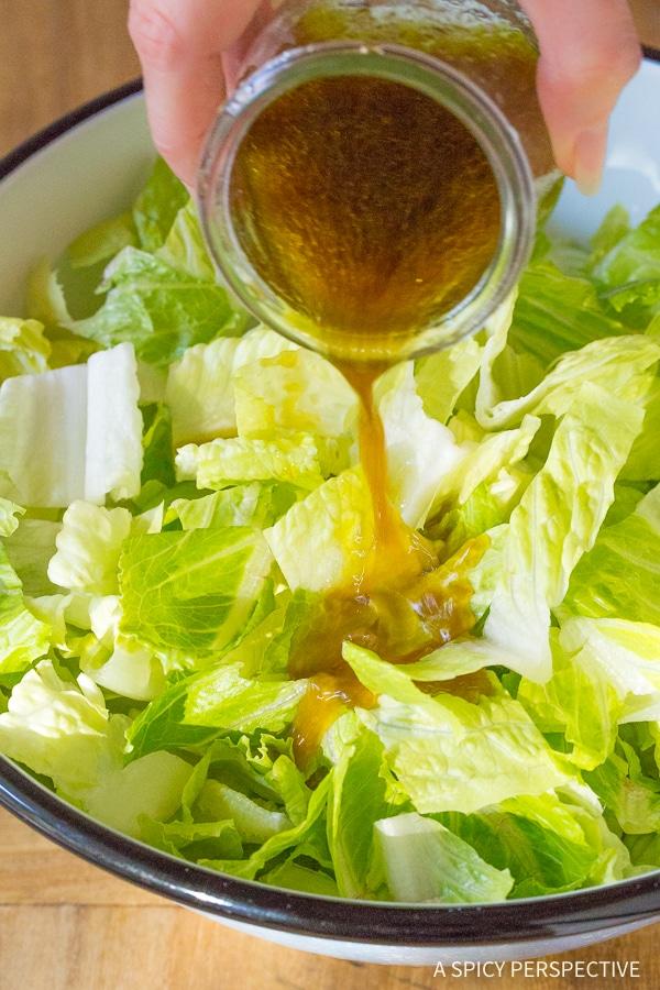 How To: Lieutenant Dan's Steakhouse Salad Recipe