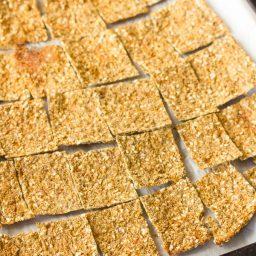 Low Carb Cauliflower Crackers Recipe - Gluten Free, Vegan & Paleo!