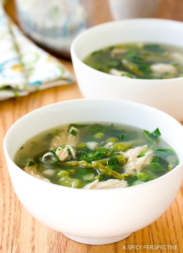 Best Lean Green Chicken Soup Recipe #GlutenFree #DairyFree #LowCarb & #Paleo