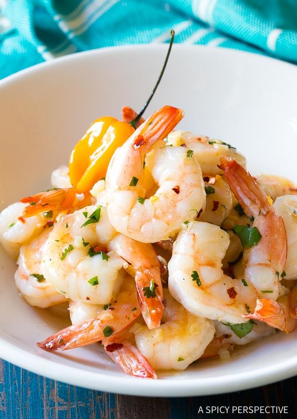 Skillet Yucatán Garlic Butter Shrimp Recipe
