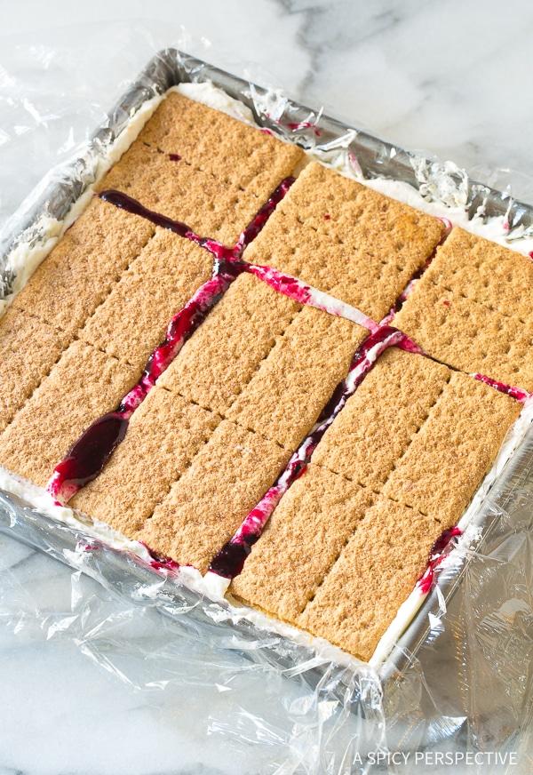 How To: Lemon Blueberry Icebox Cake Recipe for Summer!