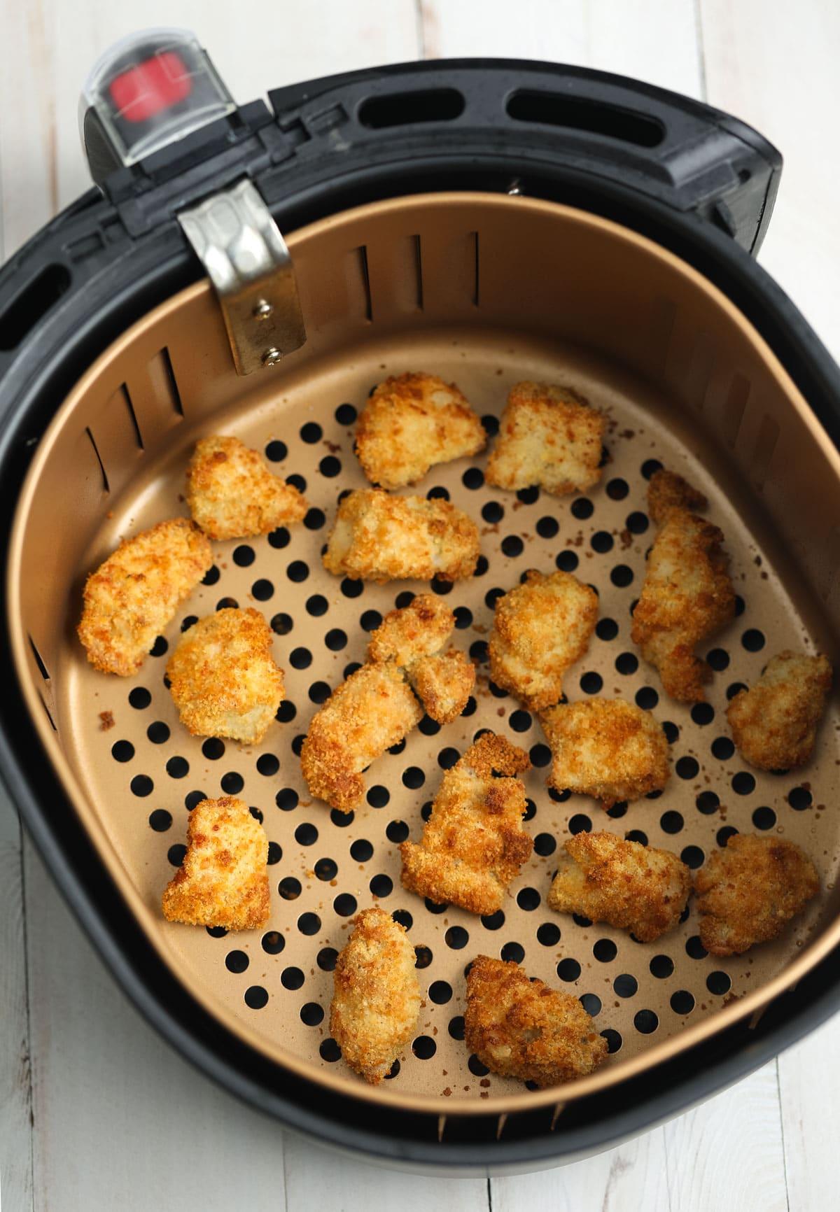 Easy Healthy Air Fryer Chicken Nuggets (Gluten Free!) #healthy #skinny
