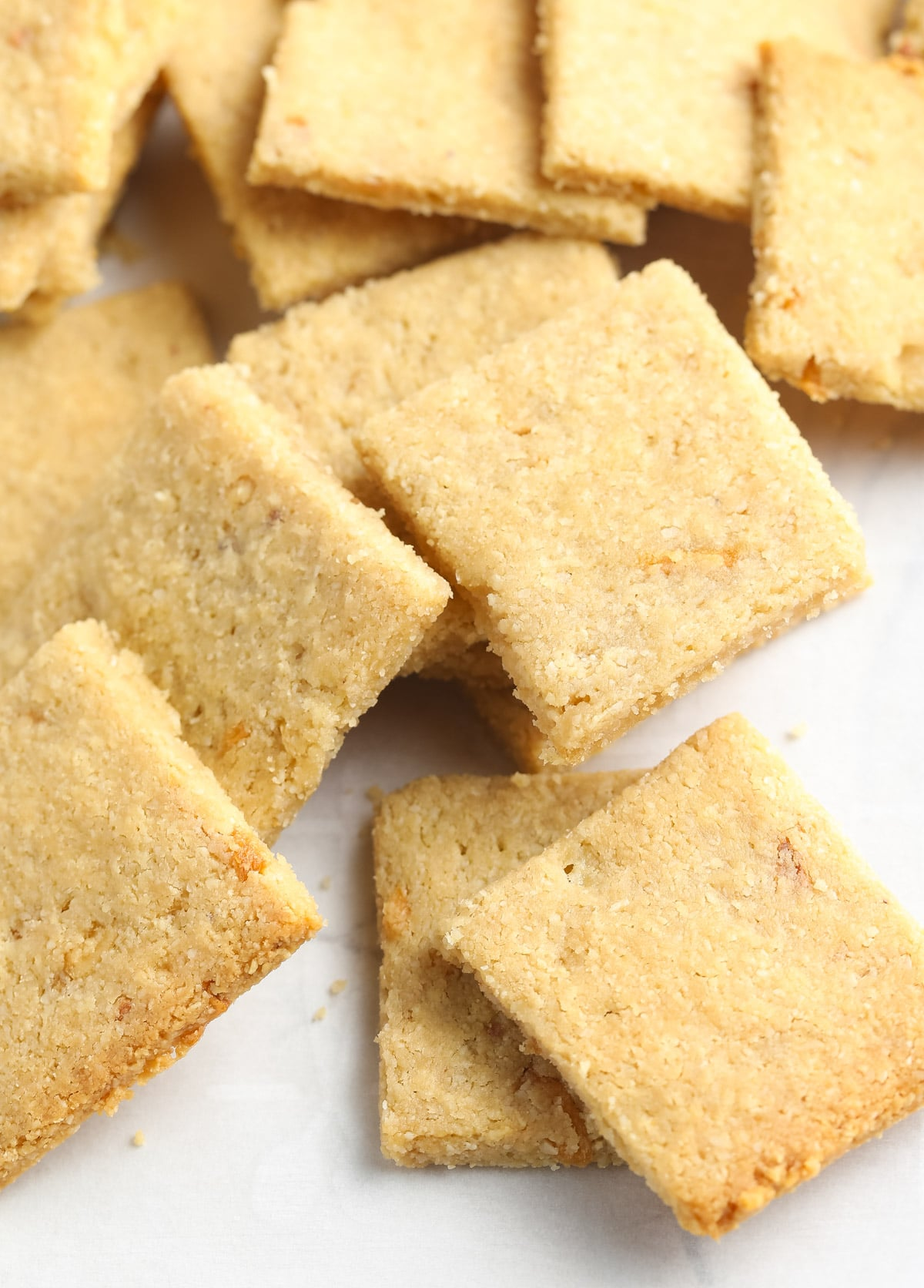 Best French Onion Keto Crackers Recipe #ASpicyPerspective #paleo #whole30 #ketogenic