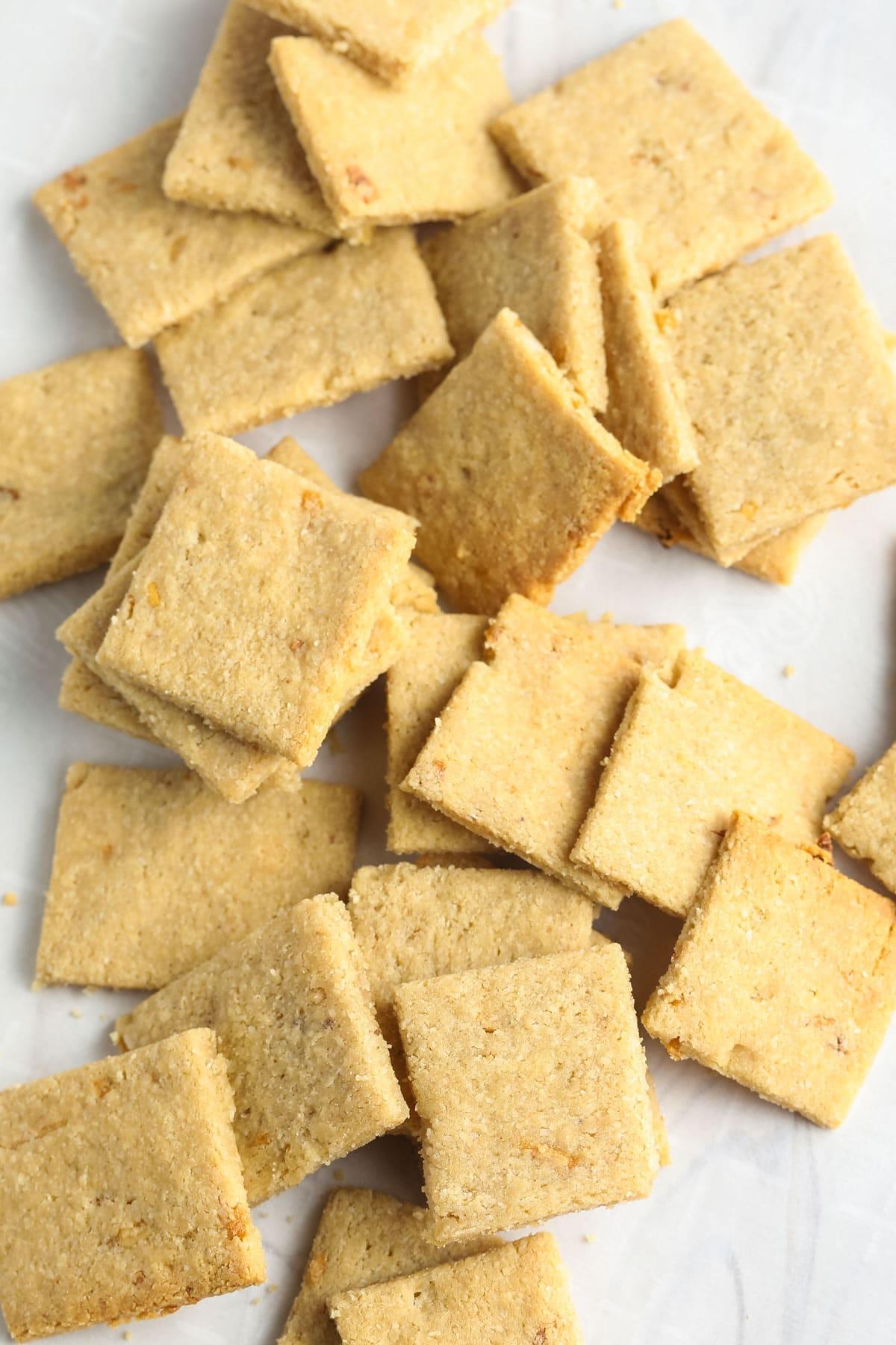 Easy French Onion Keto Crackers Recipe #ASpicyPerspective #paleo #whole30 #ketogenic