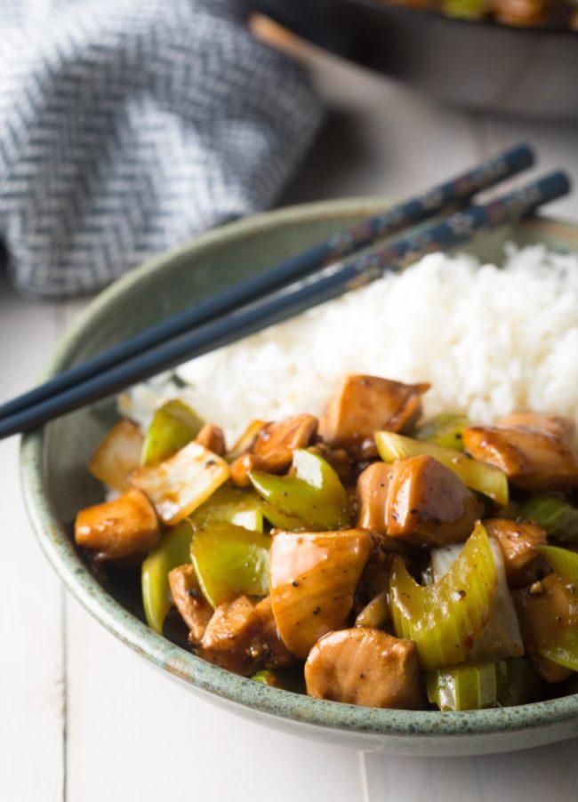 Gluten Free Healthy Black Pepper Chicken Recipe (Copycat Panda Express) #ASpicyPerspective #glutenfree #lowcarb #takeout #copycat