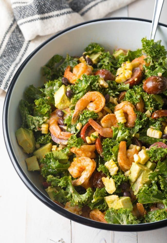 Easy Meal Prep: Mexican Salad with Chipotle Shrimp Recipe (+ Kale, Grilled Corn, Black Beans and Avocado!) #ASpicyPerspective #kalesalad #mexican #healthy #glutenfree