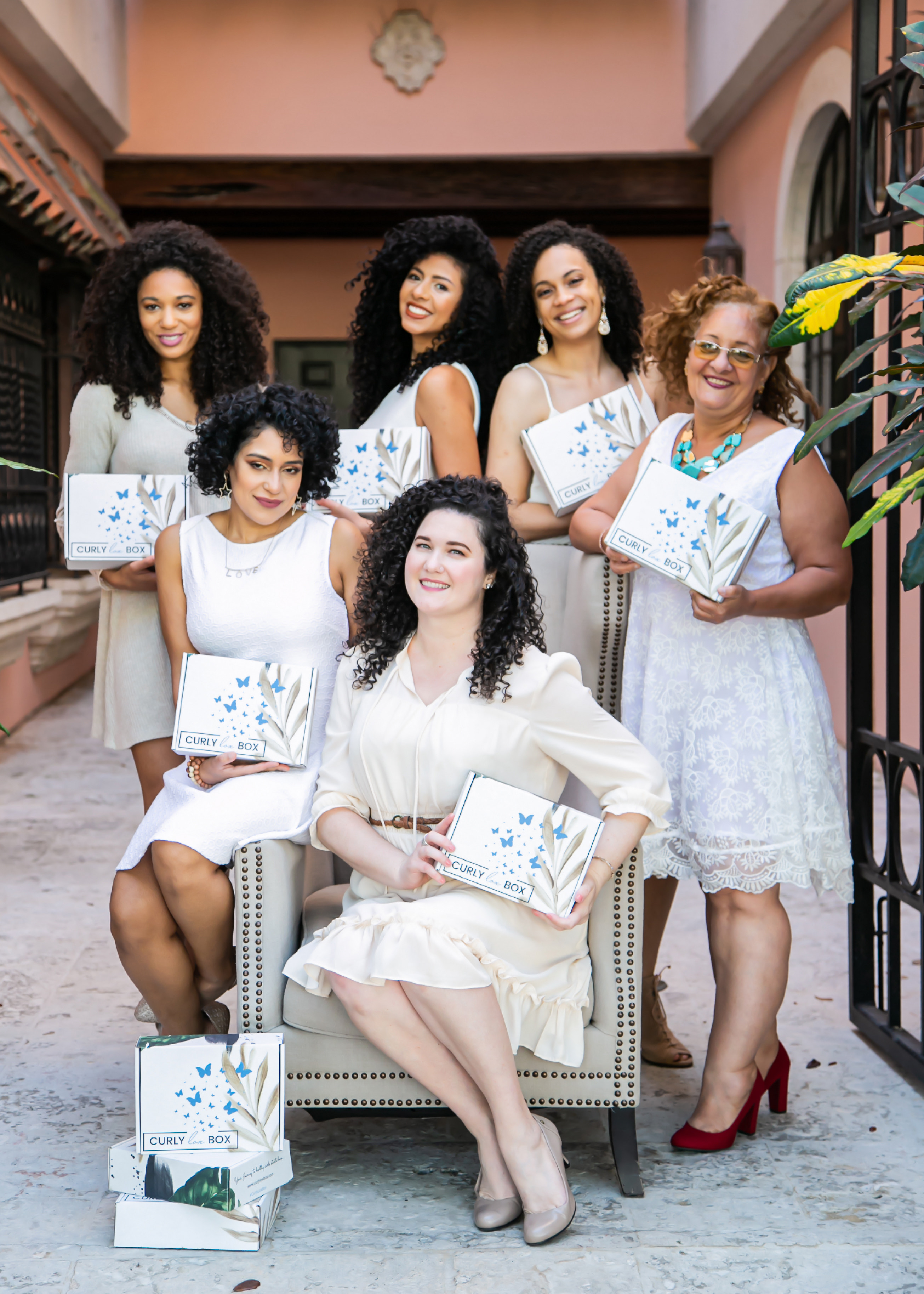 Meet Sumer Shaw, the Founder of CurlyLox Box and a young female entrepreneur in South Florida that promotes the idea of 'loving oneself' through her brand. She wants every woman to embrace their natural beauty and her monthly subscription box helps women with curls to achieve that gratification. She deeply comprehends the importance of accepting one's individuality thus she has established a remarkable service that connects these women with affordable exclusive products that enhance their curly experience.