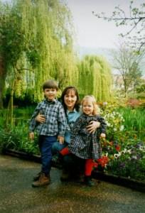 Lisa, Sarah & Brenton - Garden