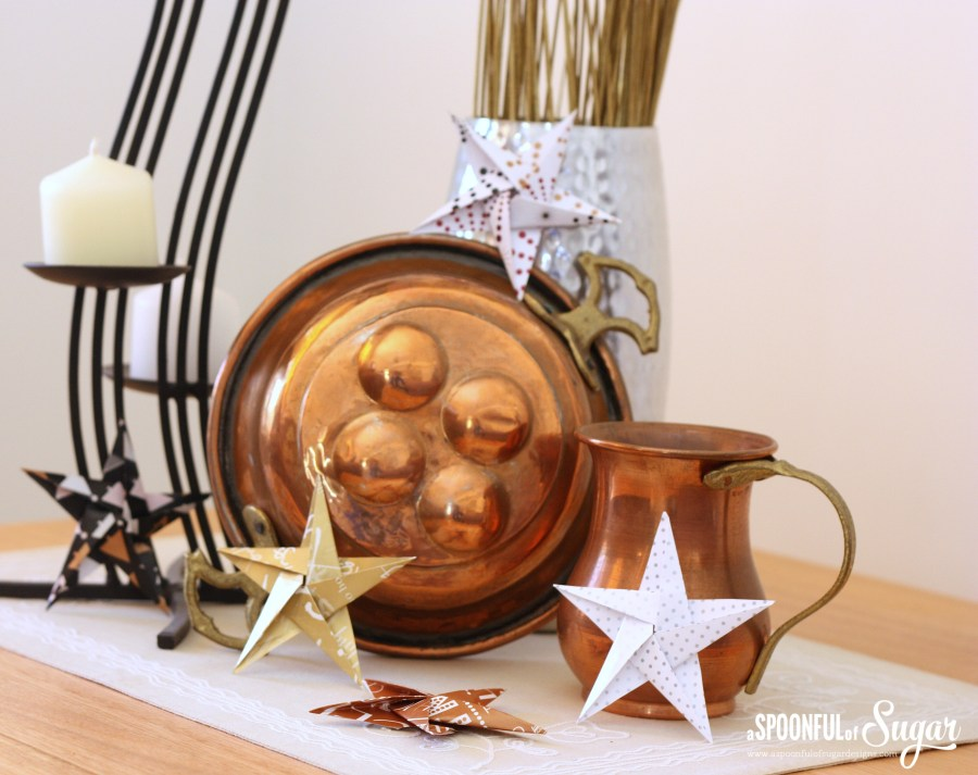 Christmas Decorating - www.aspoonfulofsugardesigns.com