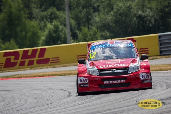 1042014.WTCC.Lada.Team.Race.Day.Seryogin.ASppa.Images