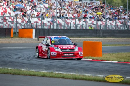 602014.WTCC.Lada.Team.Race.Day.Seryogin.ASppa.Images