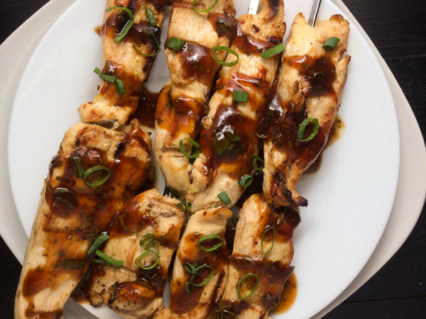 Chicken on a Stick With Asian Siracha Sauce