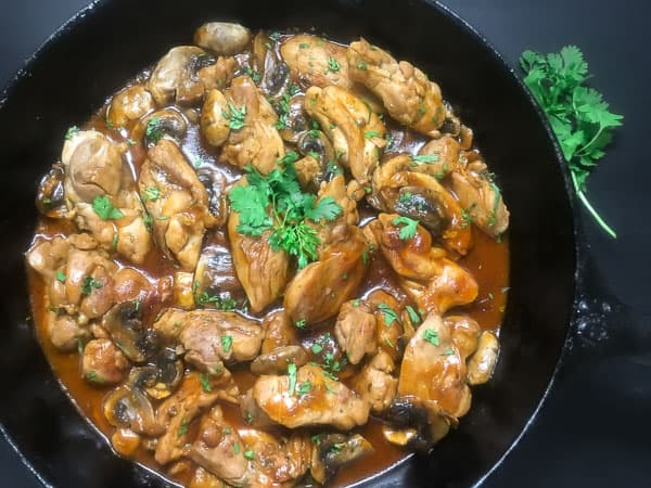 Spicy Skillet Chicken Thighs With Mushrooms http://asprinklingofcayenne.com