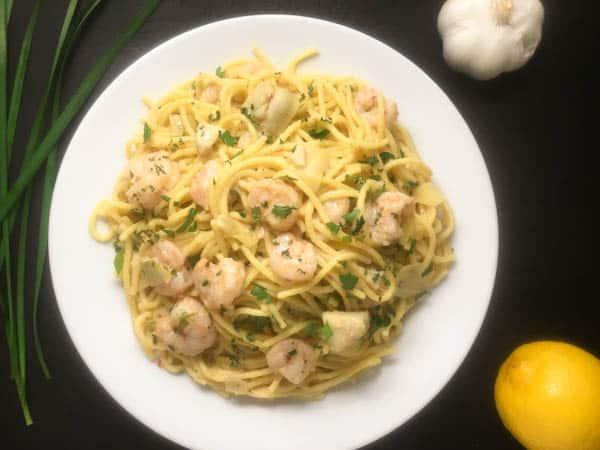 Yummy 30-minute Gluten Free Shrimp Scampi Pasta from A Sprinkling of Cayenne | http://asprinklingofcayenne.com