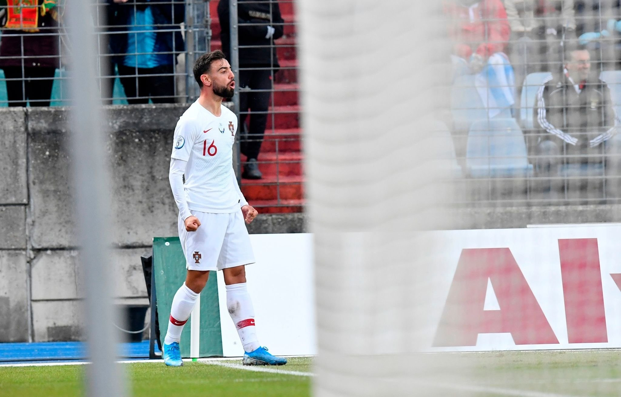 Bruno Fernandes face au Luxembourg