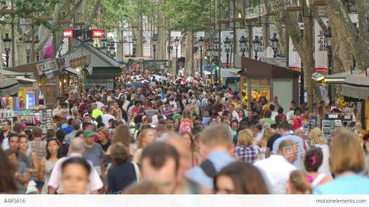me8485616-crowded-les-rambles-boulevard-barcelona-zoomed-spain-hd-a0300