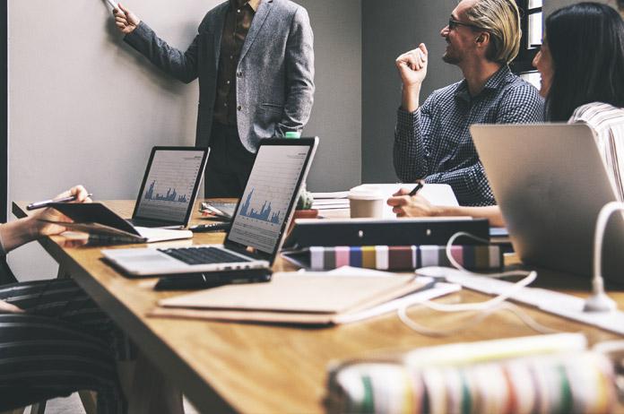benchmarking-estrategias-de-gestao-e-monitoramento-empresarial