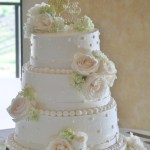 White Wedding Cake Flowers In Riverside Ca Willow Branch Florist Of Riverside
