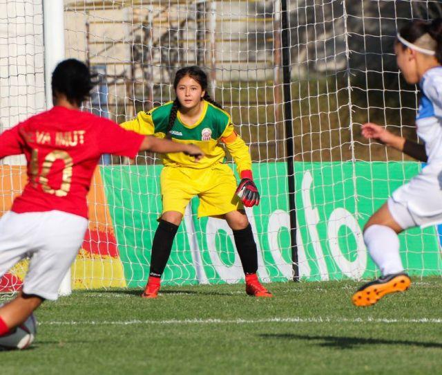 Menang Atas Kyrgyzstan Timnas Indonesia Putri U  Lolos Indosport