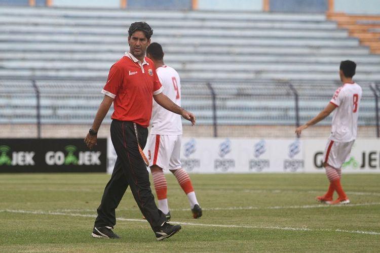 Pelatih Persija Jakarta, Stefano Cugurra.