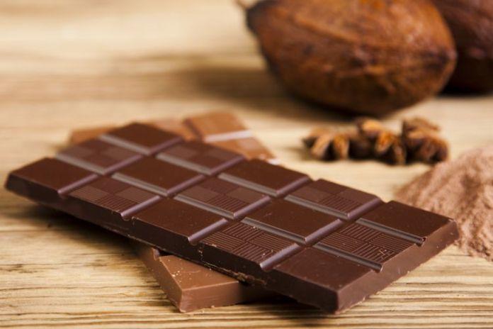 Hasil gambar untuk Cokelat Hitam