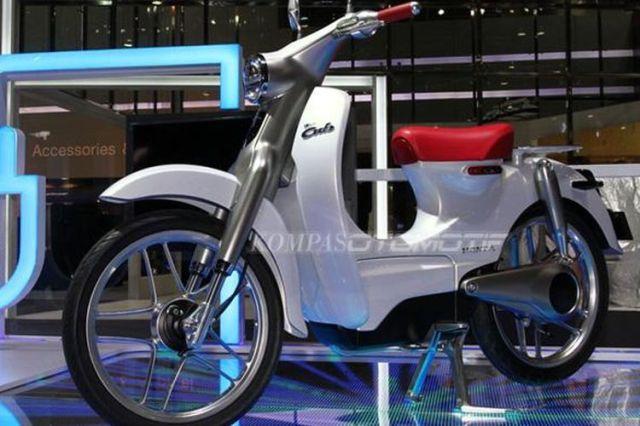 Honda EV-Cub dipamerkan di BIMS 2016.