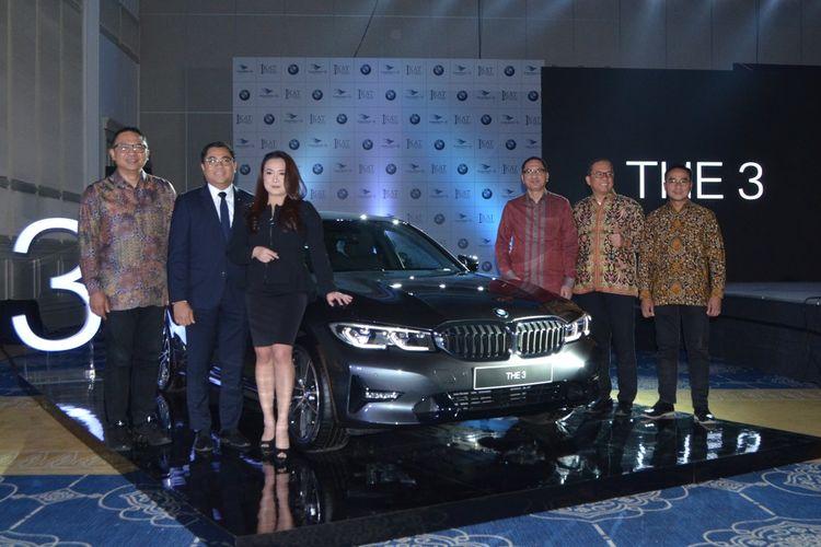 BMW 320i Sport resmi meluncur di Indonesia