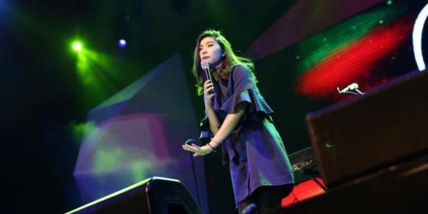 Tahun Ini Isyana Sarasvati Akan Gelar Konser Tunggal