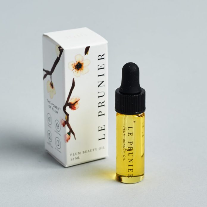 Petit Vour January 2019 plum oil with box