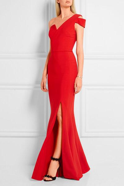 Afbeeldingsresultaat voor rode kleding hoge hakken