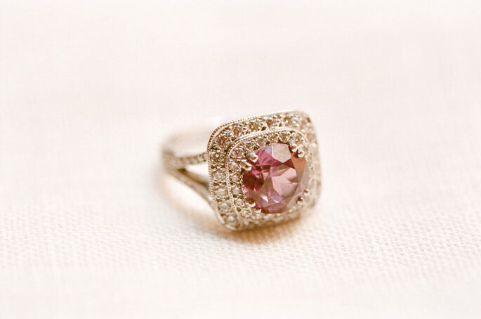 El significado de las piedras preciosas del anillo de compromiso - Foto-Adrian Tuazon-McCheyne