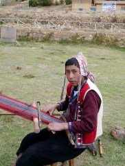A majority of the Chahuaytire weavers are men setting a great example for this young male weaver.
