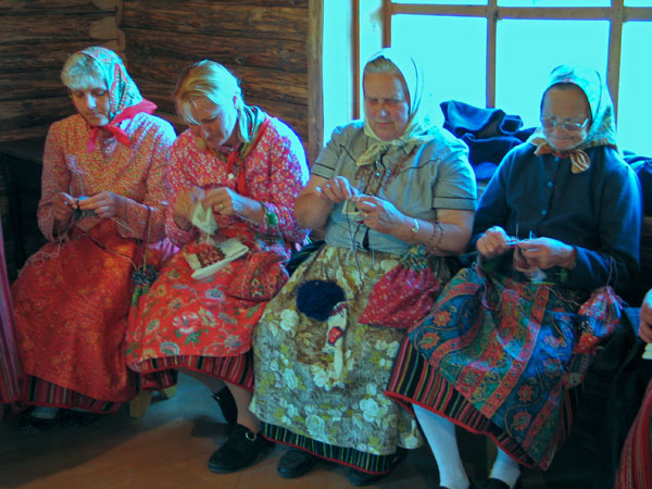Kihnu women knitting together on a Thursday evening.