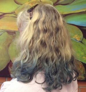 You can dye your hair with indigo.
