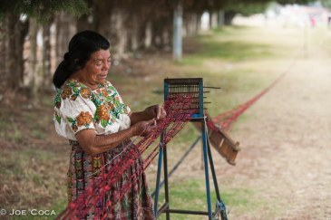 Bacilia Tomasa Siquina Chanchavac is an amarrador, a person who ties jaspe.
