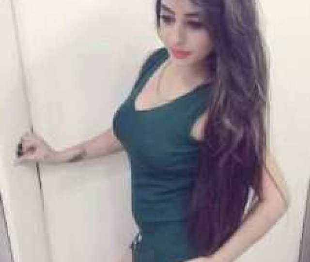 Ankita Dave Was Born In Gujarat And She Has Studied From The University Of Mumbai She Is Only  Years Old Ankita Has Performed In Many Bollywood Songs
