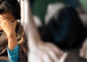 পরকীয়া আসক্ত স্ত্রীর 'গোপনাঙ্গ' সেলাই করে দিলেন স্বামী!