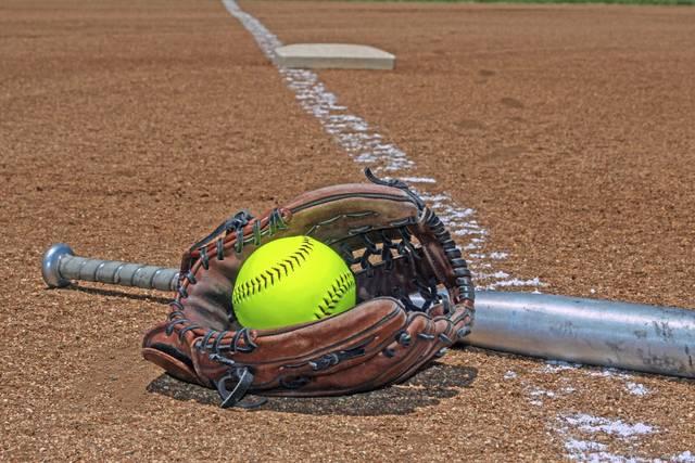 3710059_web1_softballstock2