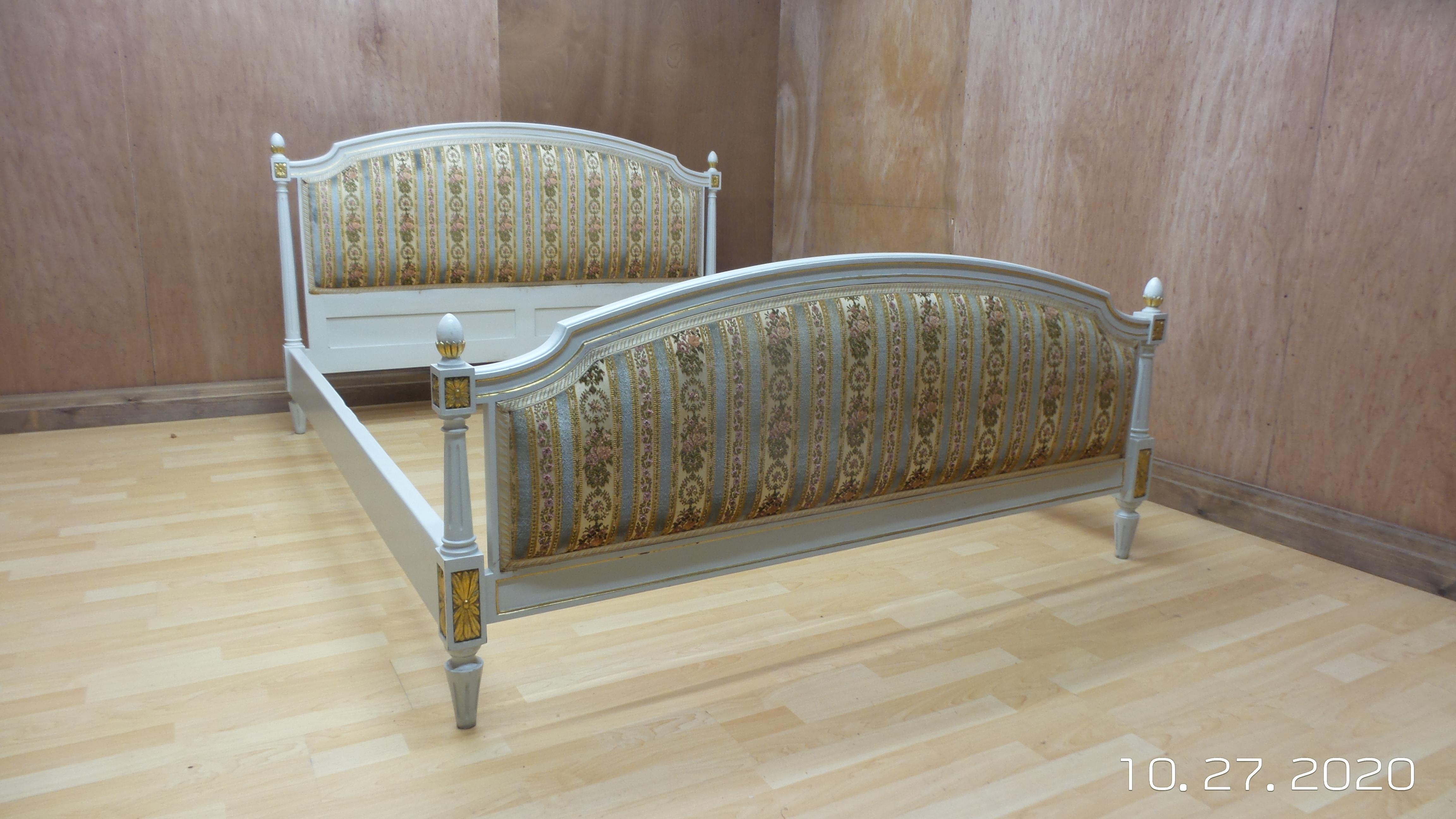 Beautiful King Size French Shabby Chic Upholstered Chateau Bed Pale Blue Lemon Regency Stripes Unknown Vinterior
