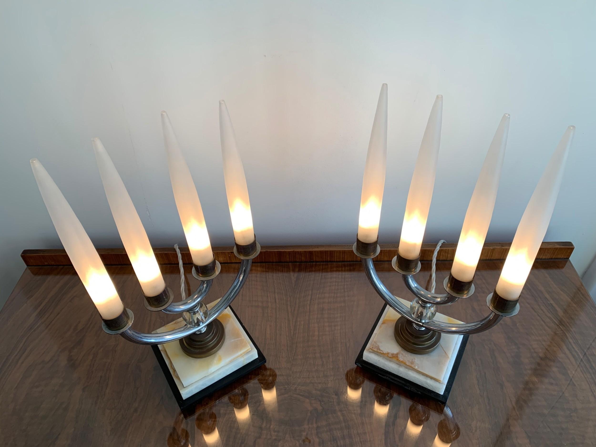A Pair Of Art Deco Lamps Vinterior
