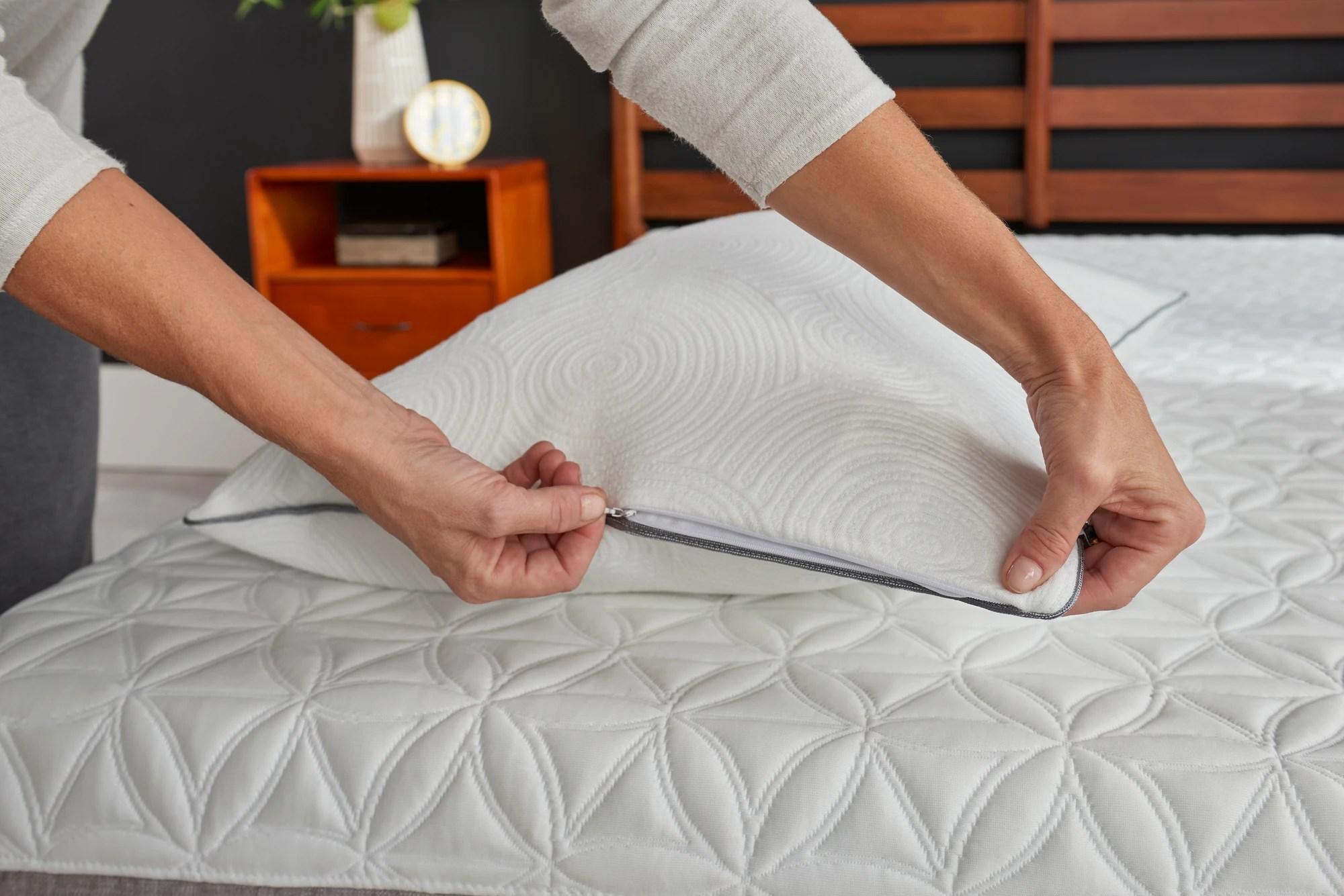 tempur protect pillow protector