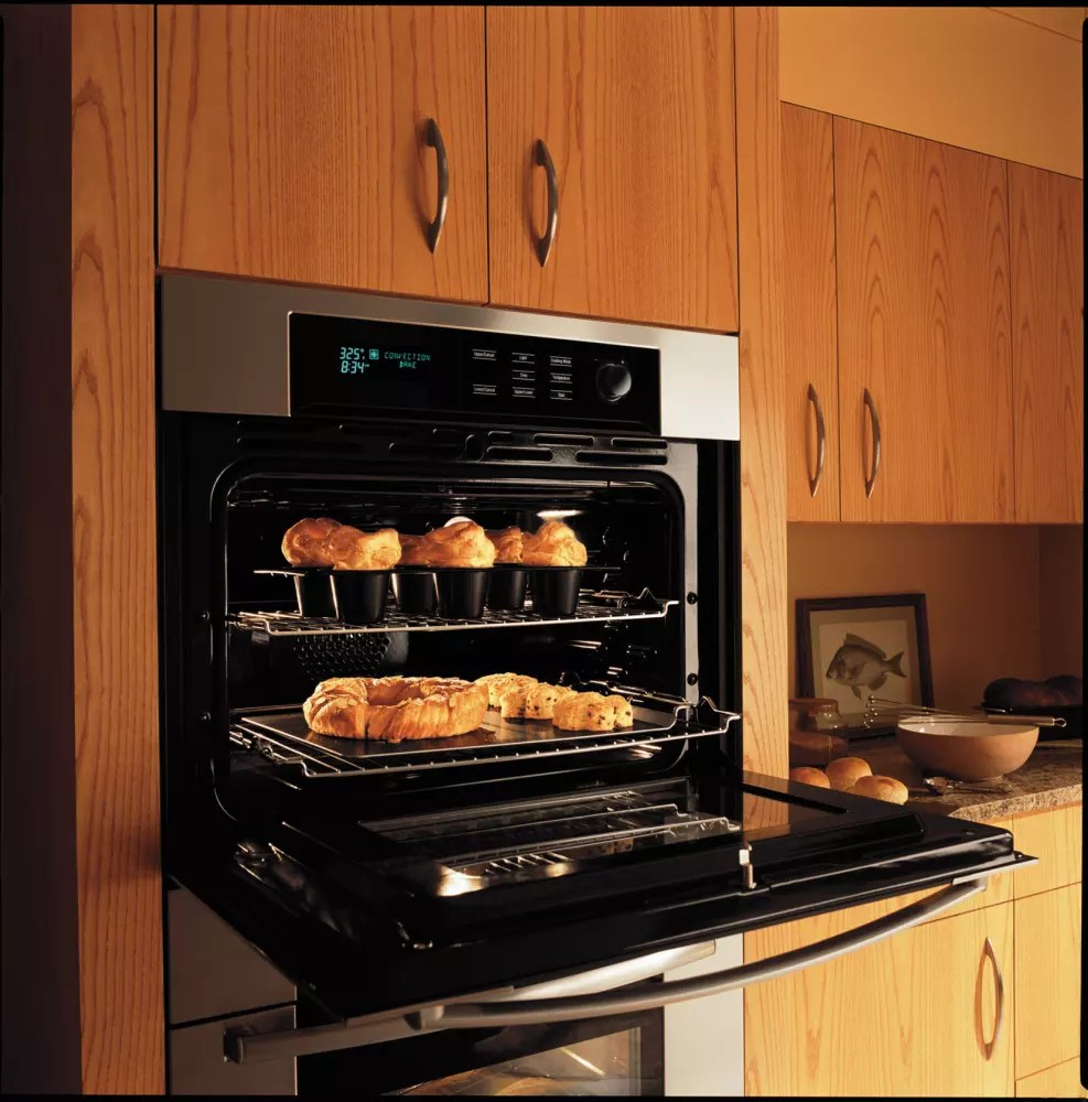 Bosch HBL745AUC Single Electric Wall Oven With Genuine
