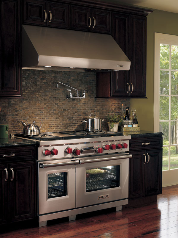 Wolf DF486G 48 Inch Pro Style Dual Fuel Range With 45 Cu Ft Dual Convection Main Oven 6 Dual