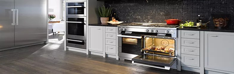 Contemporary Kitchens B Q