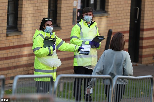 ارتفاع جديد في وفيات وإصابات كورونا ببريطانيا