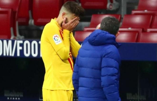 برشلونة قد يفقد بيكيه لـ8 أشهر!
