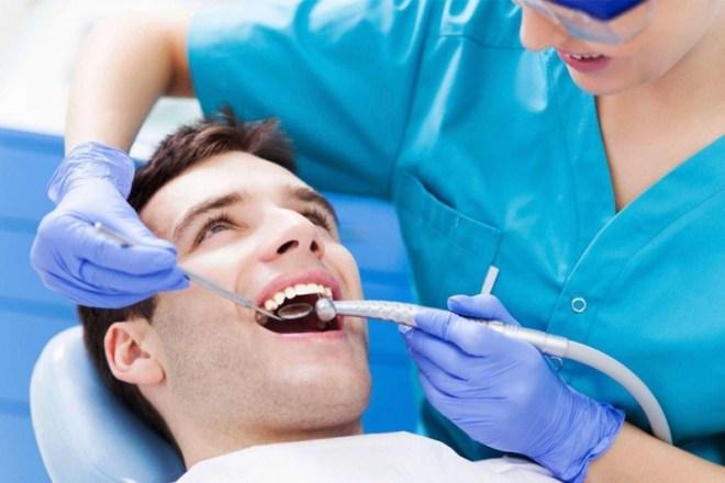 5 أسباب تدعو مرضى السكري لزيارة طبيب الأسنان