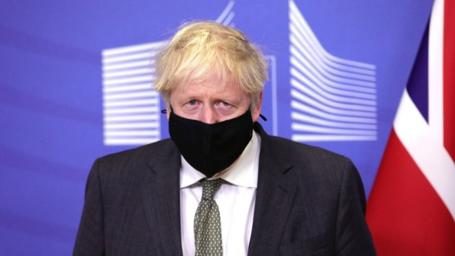 فيديو.. بوريس جونسون : فيروس كورونا المتحور في بريطانيا أكثر فتكًا